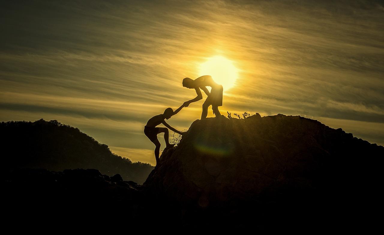 friends-sunset-pixabay