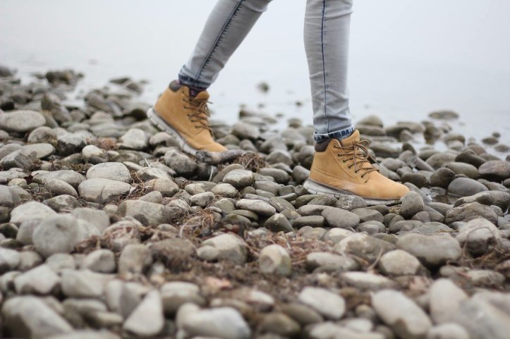 hiking-feet-pixabay